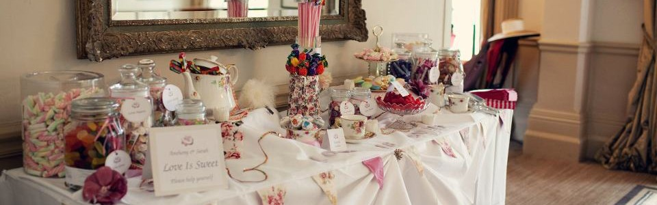 sweet candy table candy bar seyfried weddings und events. Black Bedroom Furniture Sets. Home Design Ideas
